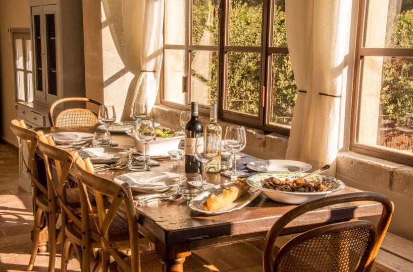 Luberon villages Provence France Rent-Our-Home rentourhomeinprovence Lourmarin Maison Savornin