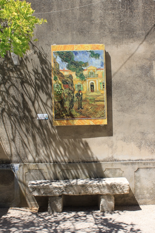 Luberon villages Provence France Rent-Our-Home rentourhomeinprovence Vincent van Gogh St Remy