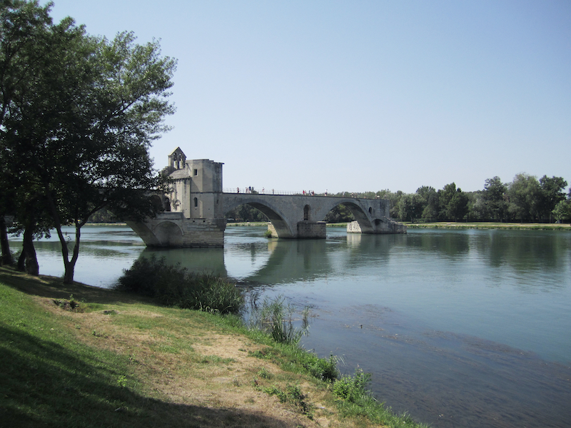 Pont Saint-Bénézet Pont d'Avignon bridge Avignon Rhône Luberon villages Provence France Rent-Our-Home rentourhomeinprovence