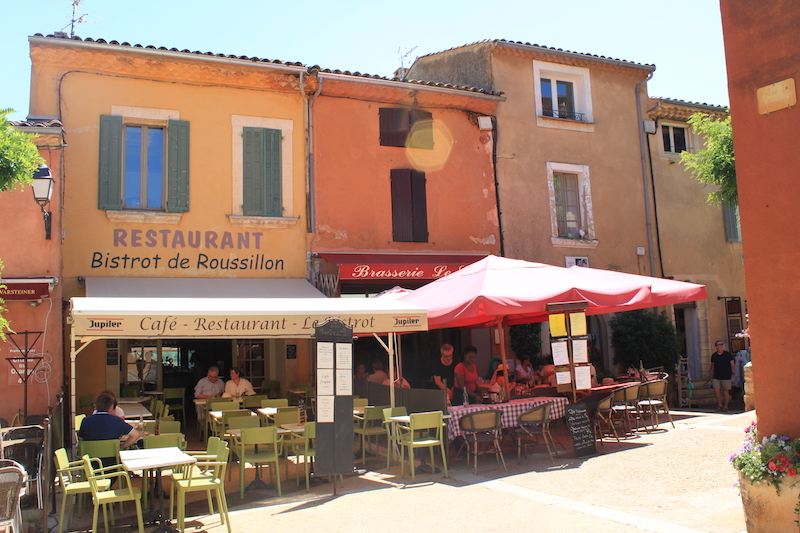 Luberon villages Provence France Rent-Our-Home rentourhomeinprovence Roussillon