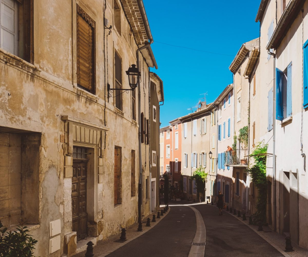 luberon villages Provence France Lourmarin Rent-Our-Home rentourhomeinprovence